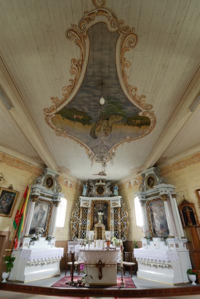 Degučių medinė bažnyčia