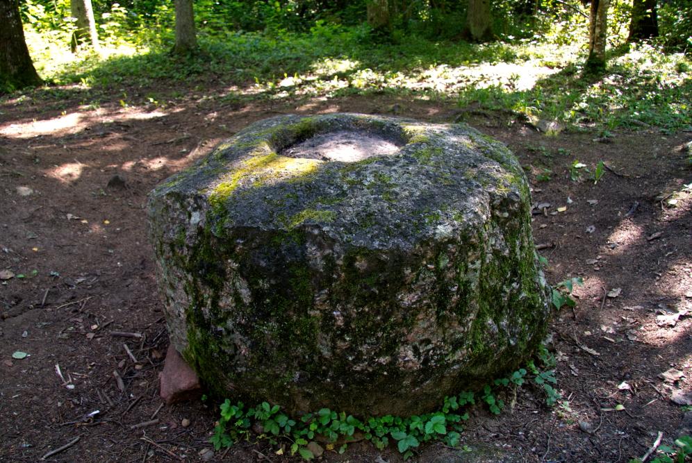 Luzu mitoliginis akmuo