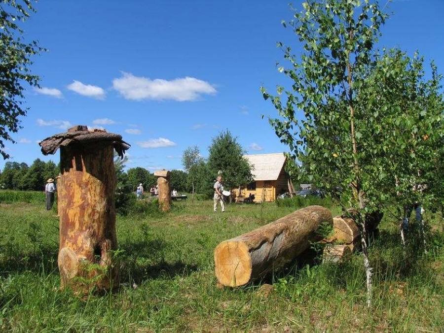 Drevinės bitininkystės muziejus Musteikos kaime