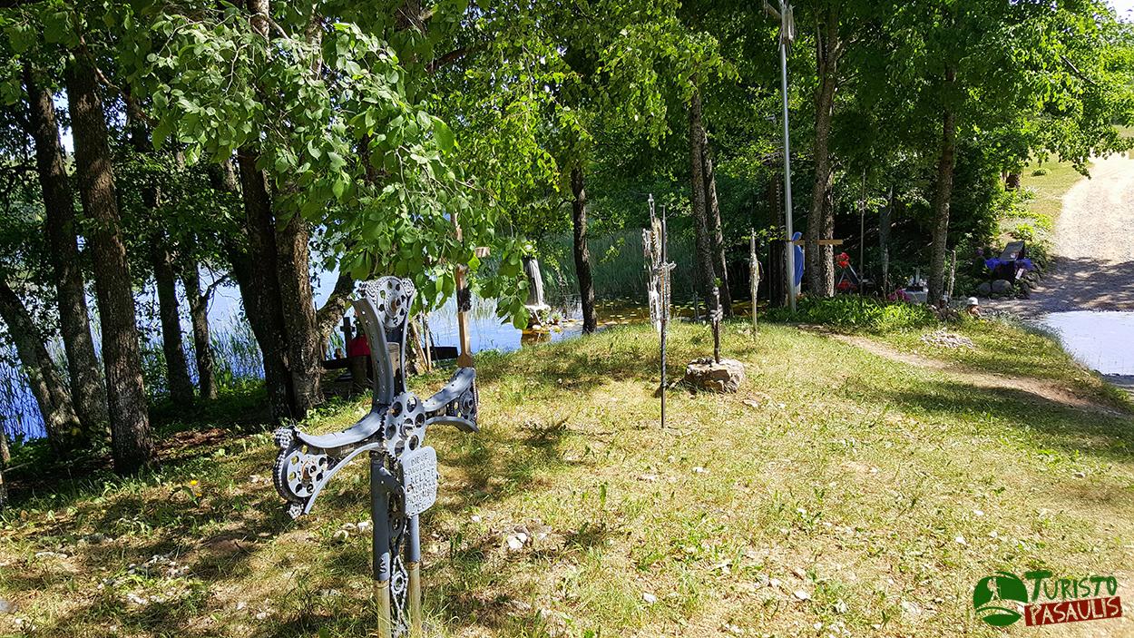 Švč. Mergelės Marijos Apsireiškimo vieta prie Ilgio ežero
