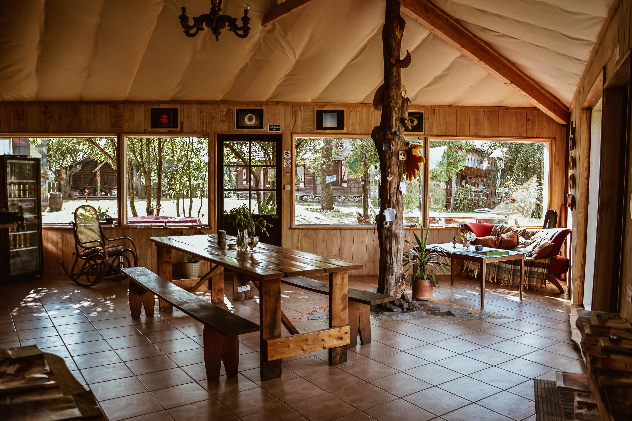 "Kempingas ""Sunny Nights Hostel & Camping"""