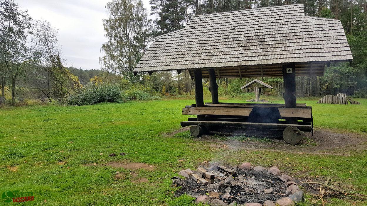 Stovyklavietė prie Balto kalno