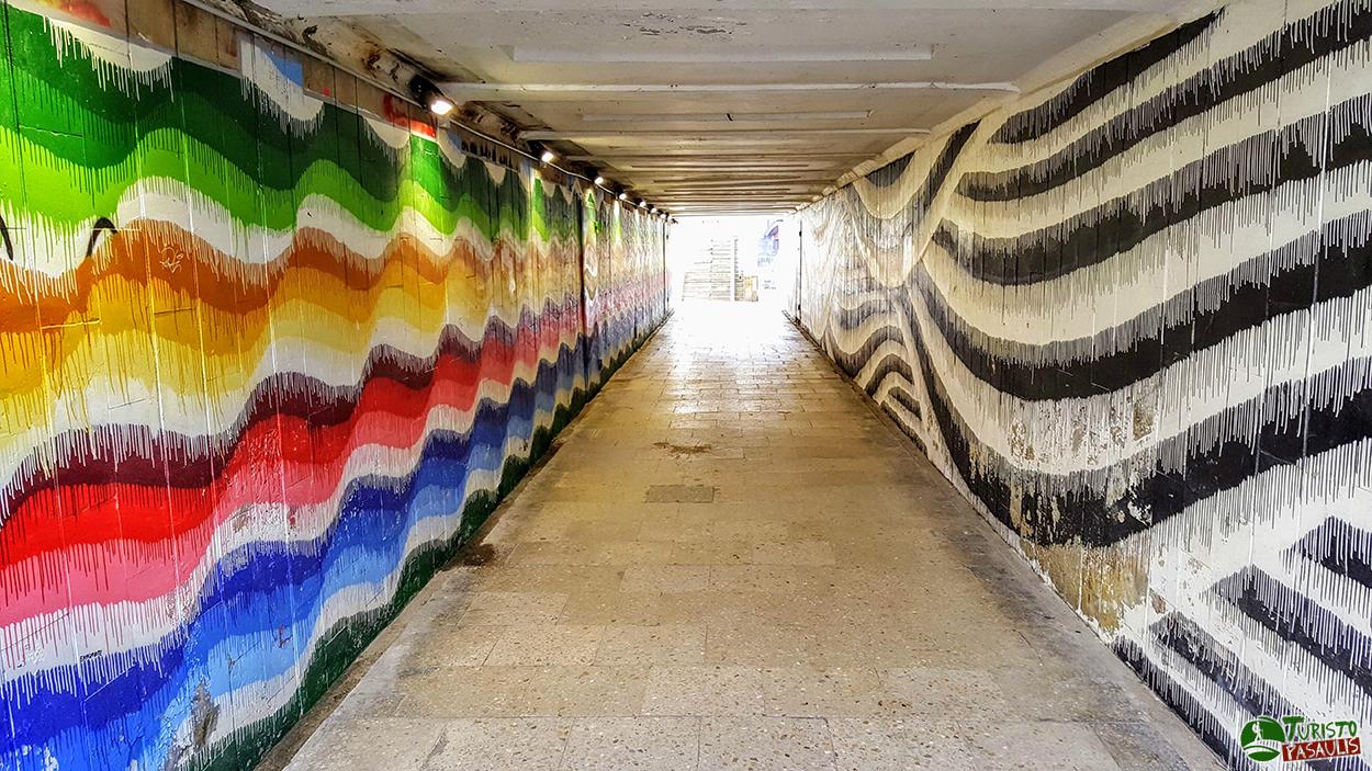Kaunas graffiti Tekantis tunelis